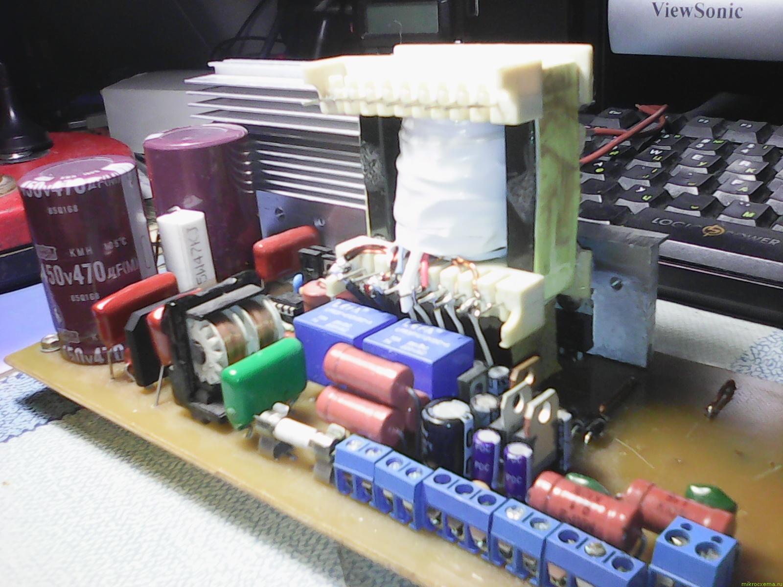 Vier Schaltnetzteile für IR2153